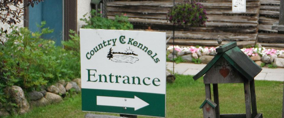Country Kennels sign